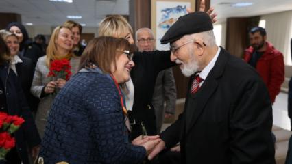 Fatma Şahin'den Huzurevine anlamlı ziyaret!