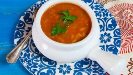 Enfes domatesli pirinç çorbası tarifi