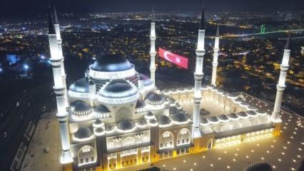 Çamlıca Camii'nda son hazırlıklar tamamlandı! İlk ezan Perşembe okunacak
