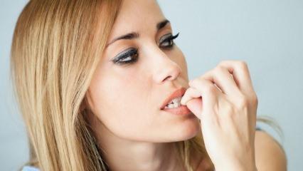 Tırnak yeme alışkanlığı nedir? Her gece tırnaklarınıza sarımsak sürerseniz...