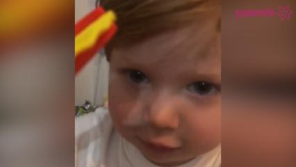 Didem Uzel'in 2 buçuk yaşındaki oğlundan İngilizce performansı