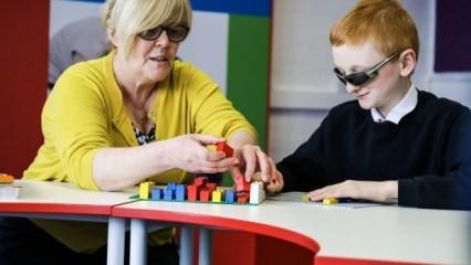 Görme engellilerin özellikleri neler? Aileler nelere dikkat etmeli?