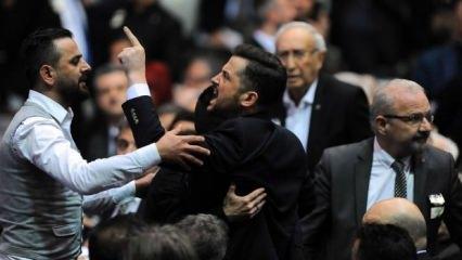 Beşiktaş kongresinde gerginlik! 'Dışarı çıkın...'