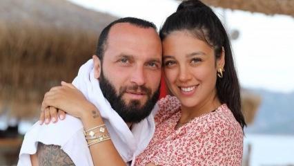Berkay'ın eşi Özlem Şahin'in karnı belirginleşti