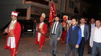 Nevşehir Belediye Başkanı mehter takımıyla halkı sahura kaldırdı