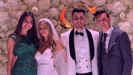 Mesut Özil eşi Amine Gülşe'yi hediyelere boğdu!