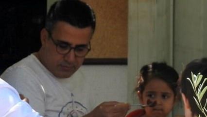 Küçük Emrah kızı Elesya'yı elleriyle besledi