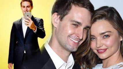 Snapchat'in kurucusu Evan'ın model eşi Miranda Kerr'in yüzü şişti!