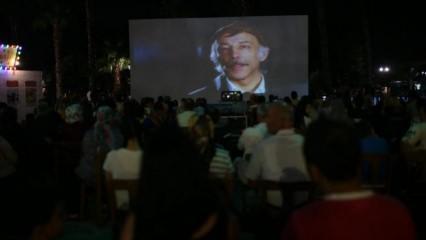 Antalya'daki Yeşilçam Sokağı'nda her akşam açık hava sineması!