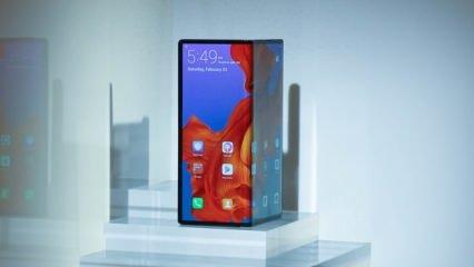 Huawei katlanabilir telefonu Mate X'in henüz hazır olmadığını açıkladı