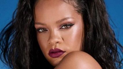 Rihanna'nın şahane balosuna ünlü akımı!