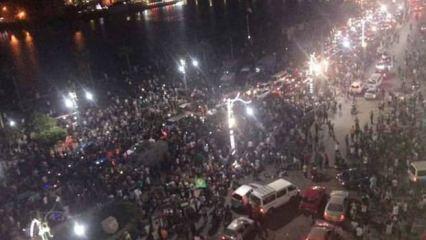 Mısır'da Sisi için yeni çağrı! Görevi bırakmazsa...