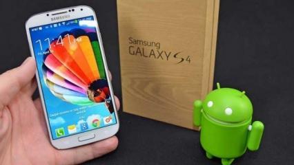 Samsung 2013 yılında ürettiği telefon için müşterilerine 10 dolar ödeyecek!