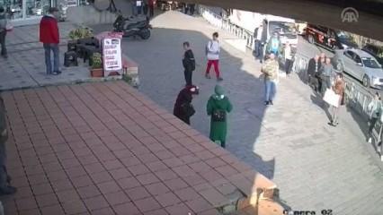 Başörtülülere saldıran kadının yeni görüntüleri!