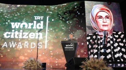 TRT World Citizen Ödülleri Emine Erdoğan'ın katılımlarıyla gerçekleşti!