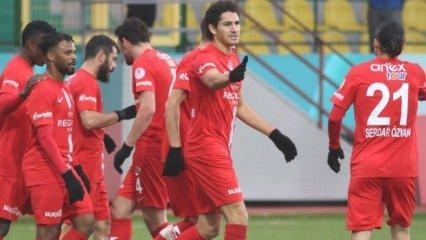 Antalyaspor farklı kazanıp tur kapısını araladı