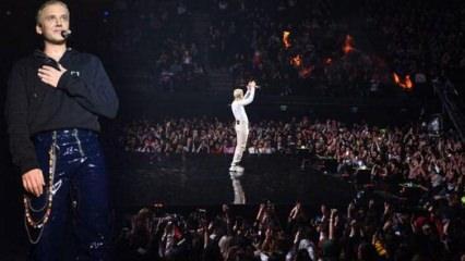 Şarkıcı Edis, 5 bin kişilik konserle pop müziğe veda etti
