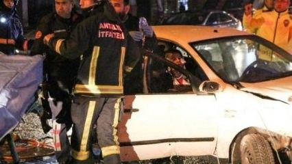 Antalya'da korkunç kaza! Vücutlarına saplandı