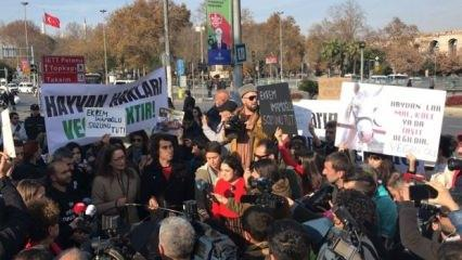 İBB önünde protesto: İmamoğlu sözünü tut