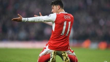 Mesut Özil'in Uygur tepkisi sonrası Arsenal'in maçını yayından kaldırdı