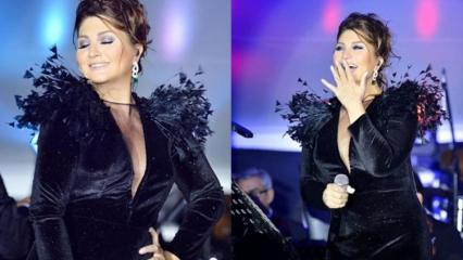 Kıbrıs'ta konser veren Sibel Can sahneden yere düştü!