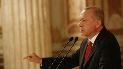 Başkan Erdoğan, Hakkari'deki askerlerin yeni yılını kutladı