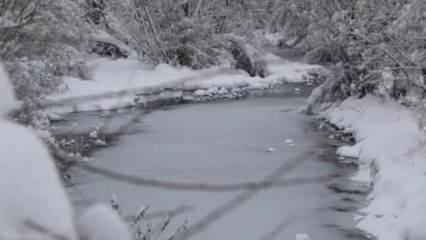 Sivas'ta Kızılırmak buz tuttu, 280 yerleşim yerinin yolu kapandı