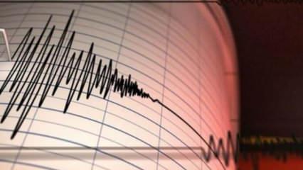 Doğu Türkistan'da 6.4 şiddetinde deprem