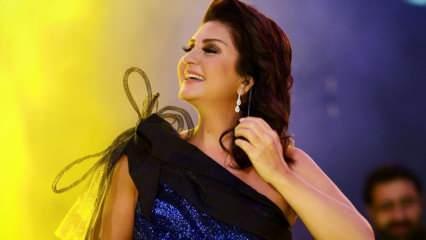 Şarkıcı Sibel Can'dan muhteşem ev pozu!