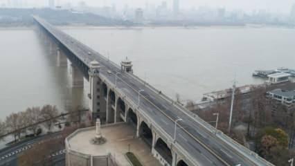 Çin'de ordu kenti kuşattı! Dışarı çıkan vuruluyor: Ölü sayısı 106'ya ulaştı
