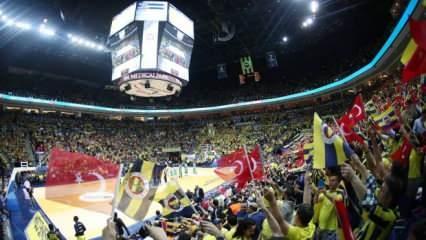 Fenerbahçe taraftarından Wilbekin'e sert tepki! Ali Koç sakinleştirdi