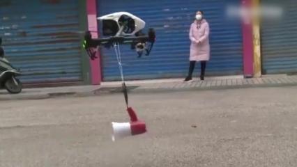 Çin'de koronavirüs zatüresini önlenmek için drone kullanıyorlar