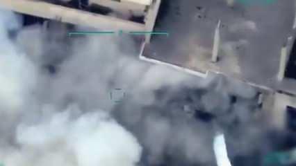 Halep'teki kimyasal harp tesisinin vurulma anı!