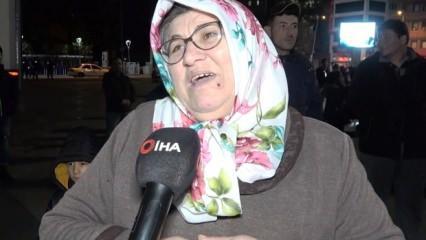 """Uzman jandarma annesi: """"İdlib'te görevli oğlum 5 dakika arayla kurtuldu"""""""