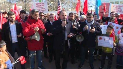 Beyaz Saray önünde Türkiye'ye destek gösterisi