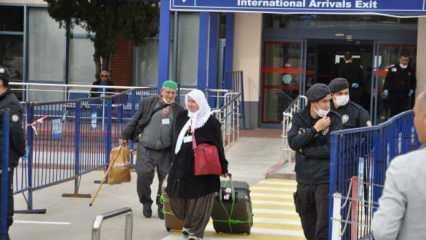21 bin umreci dönüyor: Diyanet İşleri Başkanı Erbaş'tan uyarı