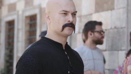 Çağatay Ulusoy makyajıyla hayranlarını hayal kırıklığına uğrattı! İşte videosu...