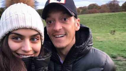 Mesut Özil ve Amine Gülşe gönülleri fethetmeye devam ediyor!