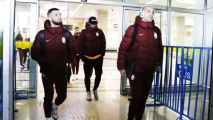 G.Saray'da flaş gelişme! Futbolcular yoldan döndü