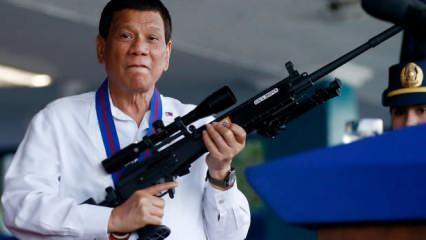 Duterte'den kendi halkını öldürme talimatı: Sokağa çıkanları vurup öldürün