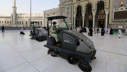 Mekke ve Medine'de 24 saat sokağa çıkma yasağı ilan edildi