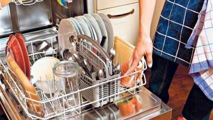 Bulaşık makinesi tuzu ne işe yarar? Bulaşık makinesine tuz nasıl eklenir?