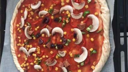 Ev usulü pizza tarifi ! Evde pizza nasıl yapılır, malzemeleri nelerdir?