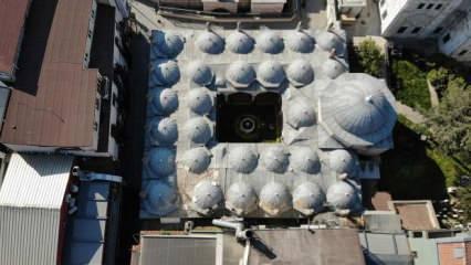 Koronavirüsü fırsat bilen hırsızlar tarihi medresenin kubbesini soydular