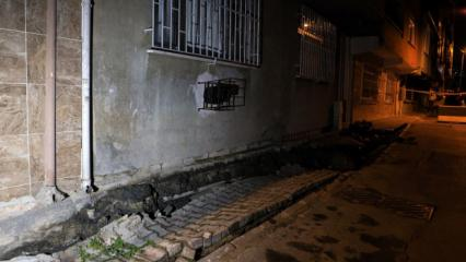 Esenler'de asfaltı çatlayan sokak trafiğe kapatıldı