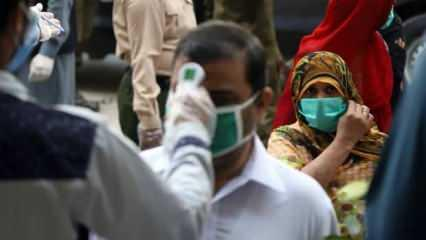 Pakistan'da koronavirüs vaka ve ölü sayısında hızlı yükseliş
