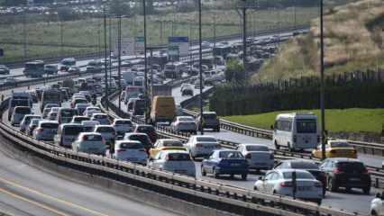 Son dakika haberi: İstanbul durdu, trafik şimdiden yüzde 60'a ulaştı!