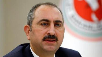 Adalet Bakanı Gül'den duygulandıran Necmettin Erbakan paylaşımı
