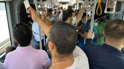 Metrobüs durağında endişe oluşturan görüntüler