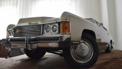 Tutkunu olduğu klasik otomobilin minyatürünü 36 yılda yaptı!